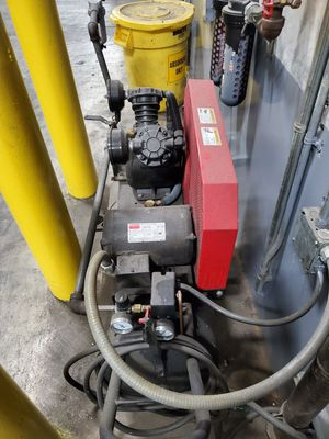 Air compressor 240volts for Sale in Los Angeles, CA