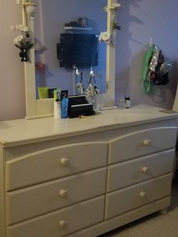 Lovely Bedroom Set For Sale! for Sale in Yonkers,  NY