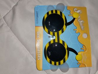 Sunglasses For Toddlers for Sale in Cottage Grove,  OR