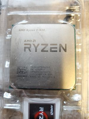 Amd ryzen 5 1600 with cooler for Sale in East Gull Lake, MN