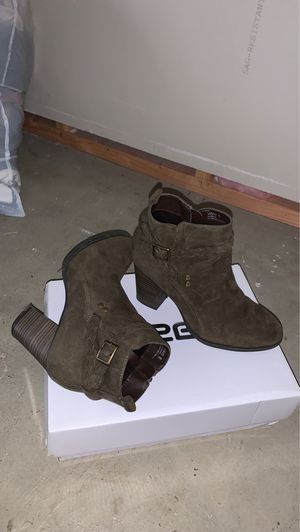 Army green boots for Sale in Downey, CA