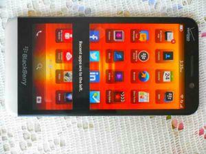 Blackberry Z30 Verizon/T-Mobile/MetroPCS/AT&T/Cricket/Straight Talk Phone Unlocked for Sale in Glendale, AZ