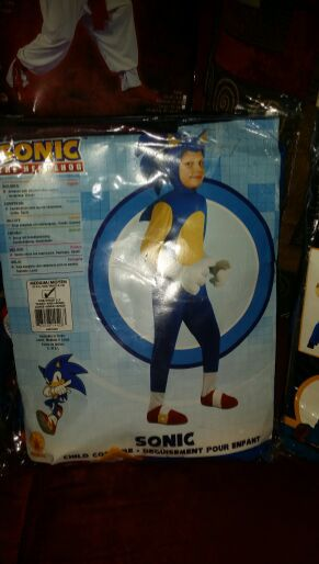 Sonic costume for boy
