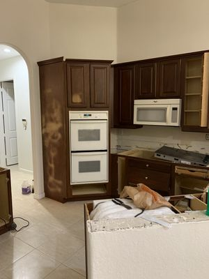 Fridge,washer,dryer,double oven,microwave for Sale in Miami, FL