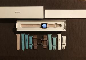 Apple Watch Series 3, 42 mm, Rose Gold GPS w/accessories! for Sale in Bowie, MD