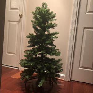 4 Ft Tall Fake Xmas Tree for Sale in Annapolis, MD