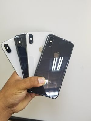 IPHONE X 64GB UNLOCKED/LIBERADO for Sale in Garland, TX