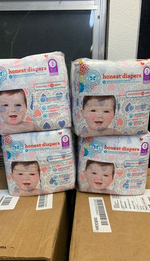 Honest diapers size 2 (4 pack total) for Sale in Forest Hill, TX