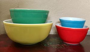 Vintage Pyrex primary colors mixing nesting bowls for Sale in Fullerton, CA