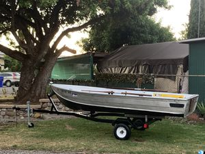 15FT ALUMINUM FISHING BOAT for Sale in San Diego, CA