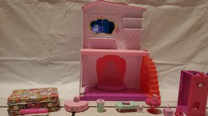 Shopkins house. ( Comes with shopkins ) for Sale in Crest Hill, IL