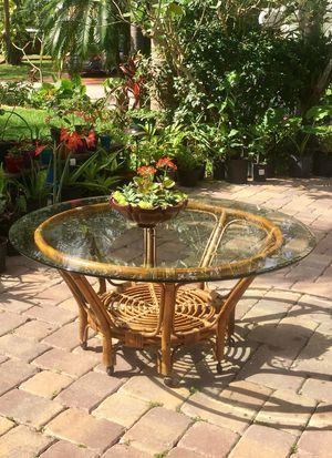 """Round Bamboo Coffee/Patio Table (48""""W x 19""""H) for Sale in Hollywood, FL"""