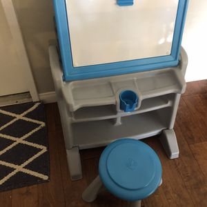 Step 2 Kids stool and desk for Sale in San Diego, CA
