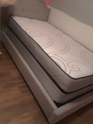 Plush twin size mattress sets $149.99 (Mattress and boxsprings only) for Sale in Tampa, FL