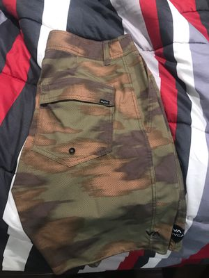 RVCA camo shorts size 29 for Sale in Hacienda Heights, CA
