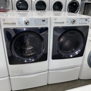 KENMORE STEAM LARGE CAPACITY WASHER DRYER ELECTRIC SET for Sale in Vancouver, WA
