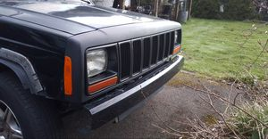 Parting jeep Cherokee XJ 97 01 for Sale in Edgewood, WA