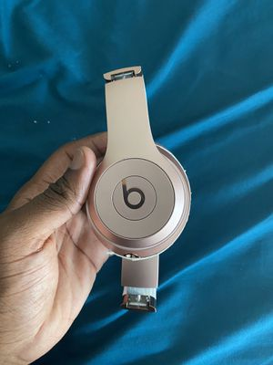 Beats solo for Sale in District Heights, MD