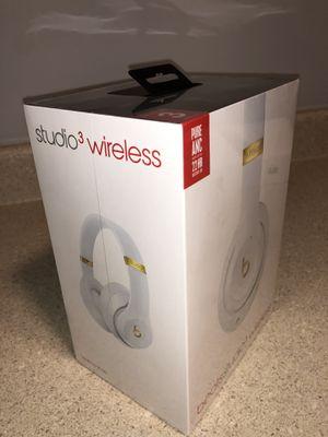 Brand New Beats Solo 3 STUDIO's for Sale in Downers Grove, IL