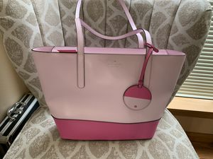 Brand new authentic Kate spade purse for Sale in Puyallup, WA