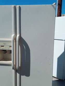 80$ Fridge You Pick Up Or I Deliver For 40$ Cleaned Out Ready To Use 43ave I10 for Sale in Phoenix,  AZ