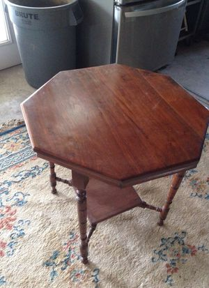 Antique Pecan table for Sale in Austin, TX