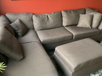 Comfy Lightly Used Sectional for Sale in Seattle,  WA