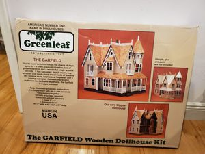 Greenleaf wooden doll house - the Garfield brand new for Sale in Pembroke Pines, FL