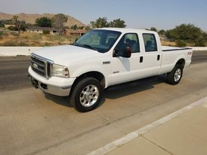 2006 Ford F350 srw super duty, Crew cab Long bed. for Sale in Palmdale, CA