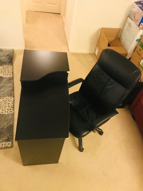 Moving sale for Office chair and Table for sale