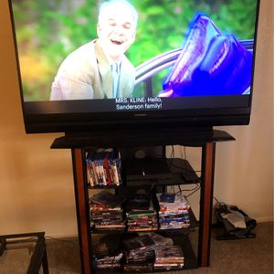 "60"" Mitsubishi GREAT condition for Sale in Glendale, AZ"