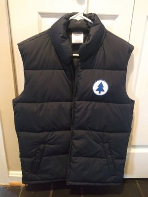Vest puffy men small jacket for Sale in Gaithersburg, MD