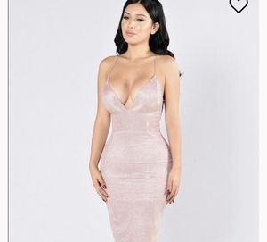 Fashion nova dress medium clothing for Sale in Miami, FL