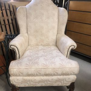 Wingback Chair for Sale in Pilesgrove, NJ
