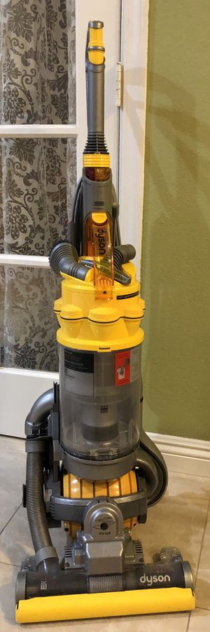 Dyson Vacuum yellow. Well maintained. All attachments working order. for Sale in Alhambra, CA