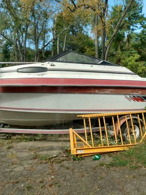 86 sunbird boat with cutty for Sale in South Park Township, PA