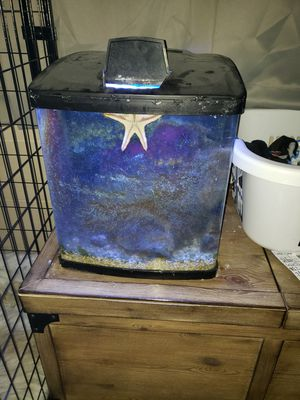 16 gal Coral life fish tank for Sale in Sacramento, CA