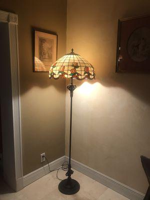 Antique floor lamp for Sale in Miami Gardens, FL