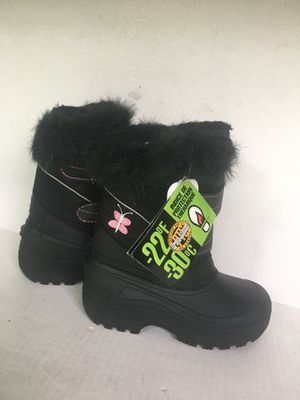 Girls Snowshoes waterproof snow boots or great for rain. Size 2 brand new never used for Sale in Orange, CA