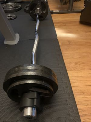 NEW OLYMPIC CURL BAR SET 65 LBS for Sale in Oak Park, IL