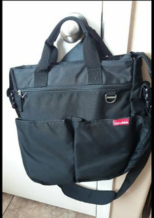 Skip Hop diaper bag for Sale in Laveen Village, AZ