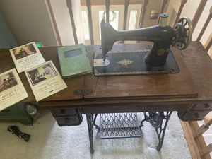 Antique Singer Model 66 Treadle Sewing Machine w/ Cabinet Table No 2 & Extras for Sale in Greensburg, PA
