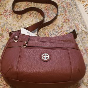 GIANI BERNINI Pebble Red Shoulder Bag Hobo WINE Handbag for Sale in Houston, TX
