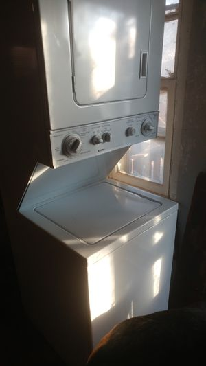 Kenmore stacked washer and dryer for Sale in Wichita, KS