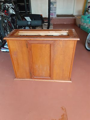 wood base for fish or reptile tank for Sale in Coral Springs, FL