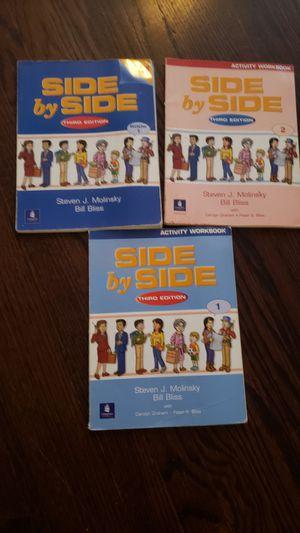 Libros para aprender ingles for Sale in Chicago, IL