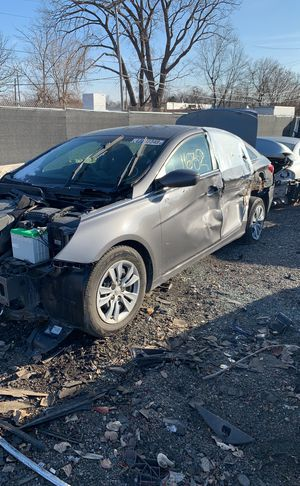 Parting out a 2011 Hyundai Sonata #1632 for Sale in Warren, MI