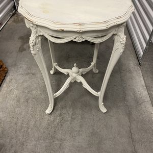 Antique table for Sale in Fort Lauderdale, FL
