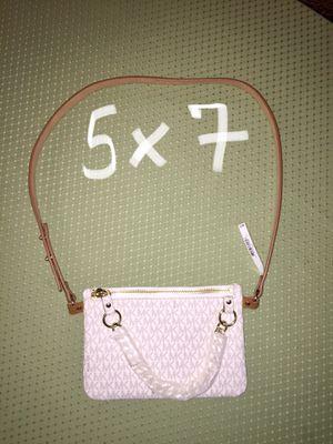 Michael Kors Belt-Waist Bag/Fanny Pack/Purse/Wallet for Sale in Henderson, NV