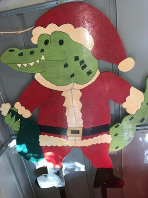 Handmade Christmas gator yard sign for Sale in Lake Charles, LA